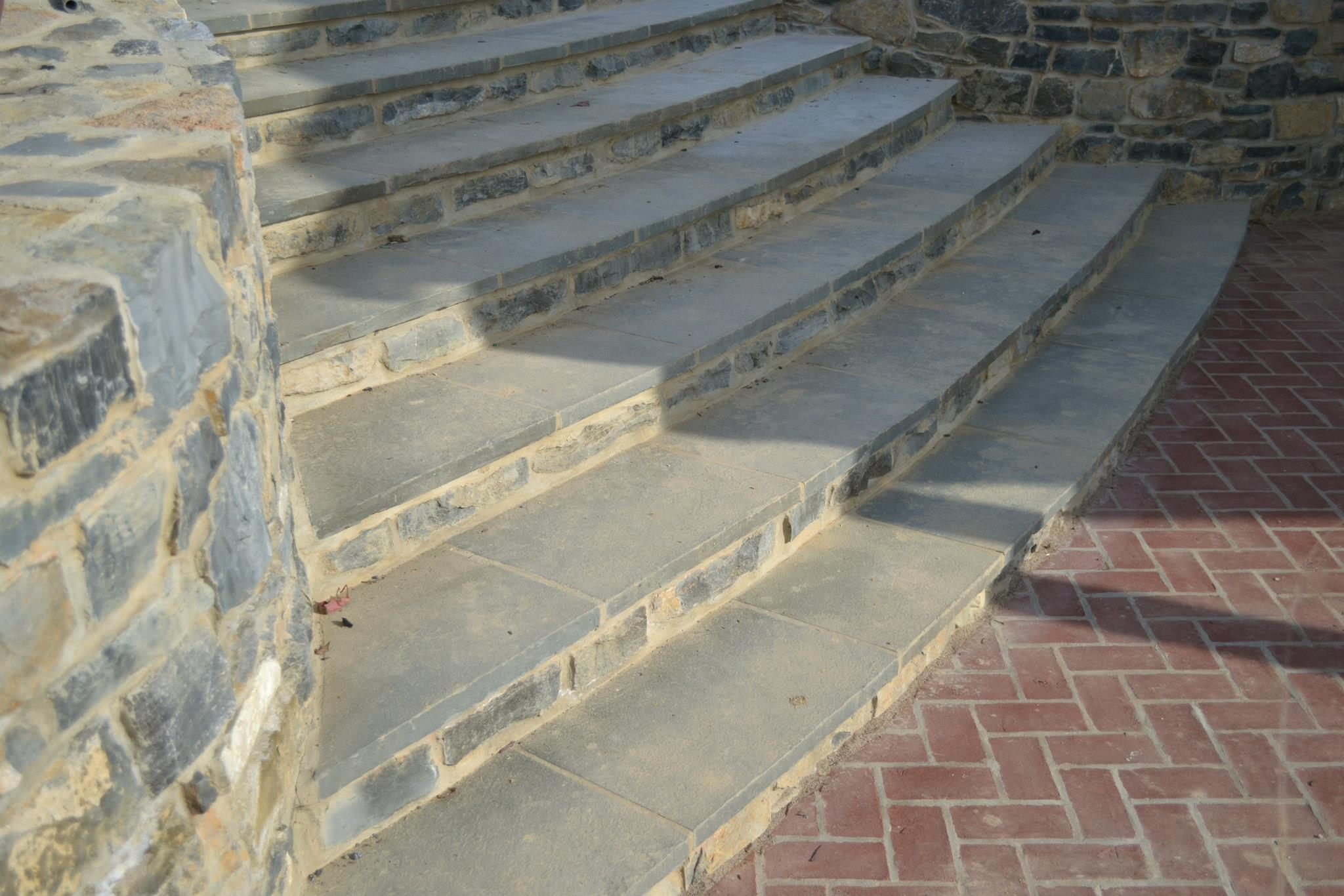 Flagstone Steps at Baylor Residence in Lewisburg, Pennsylvania. Designed by Stephen Lindenmuth.